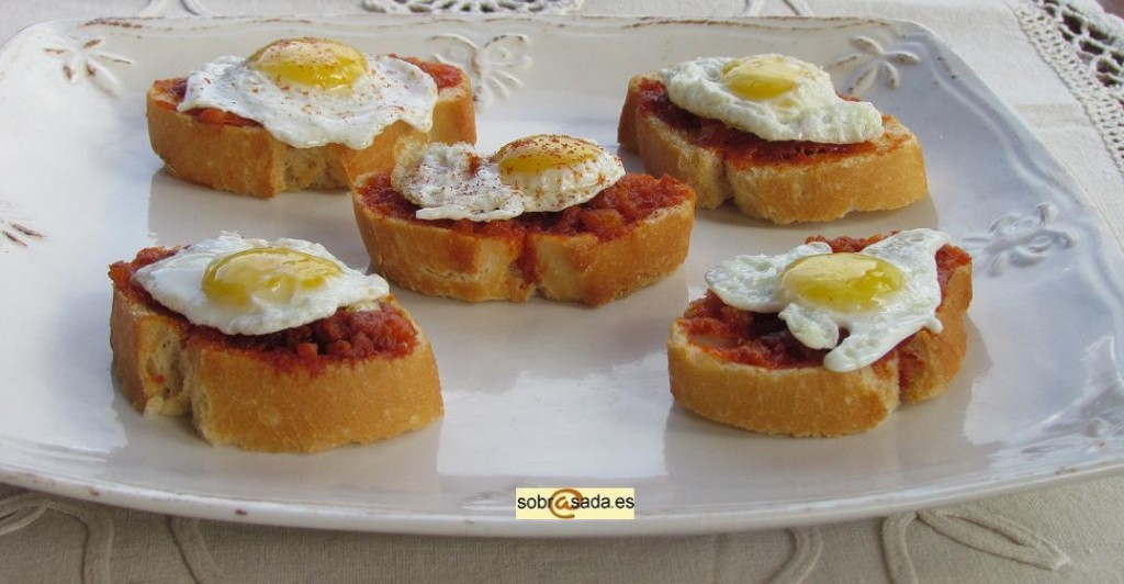 huevos perdiz con sobrasada